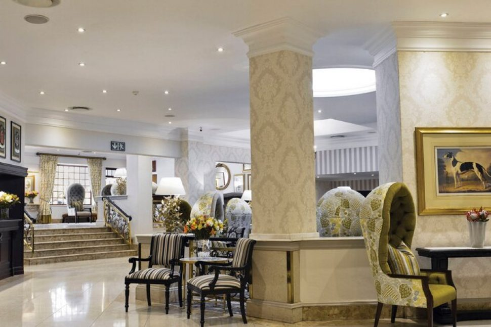 balalaika hotel hall