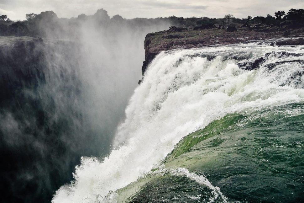 victroia waterfall botswana